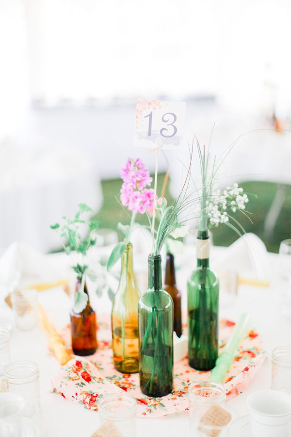 Simple wine bottle table decor for Wedding table decorations with wine bottles