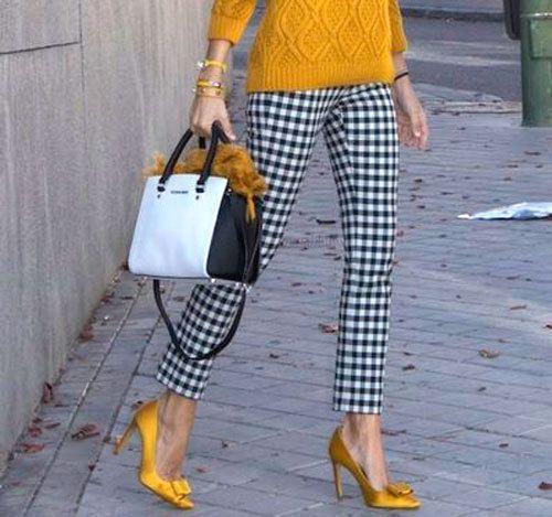 81f28bb9 ZARA printed checked tartan black white trousers high waist skinny size s  small   eBay