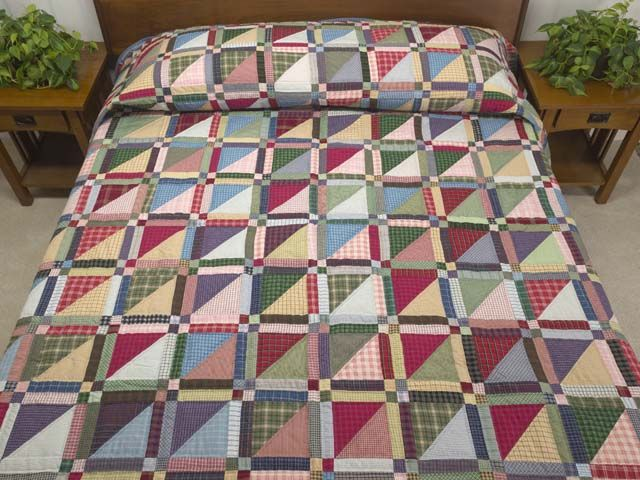 Homespun Squares Quilt -- superb skillfully made Amish Quilts from ... : homespun quilts - Adamdwight.com