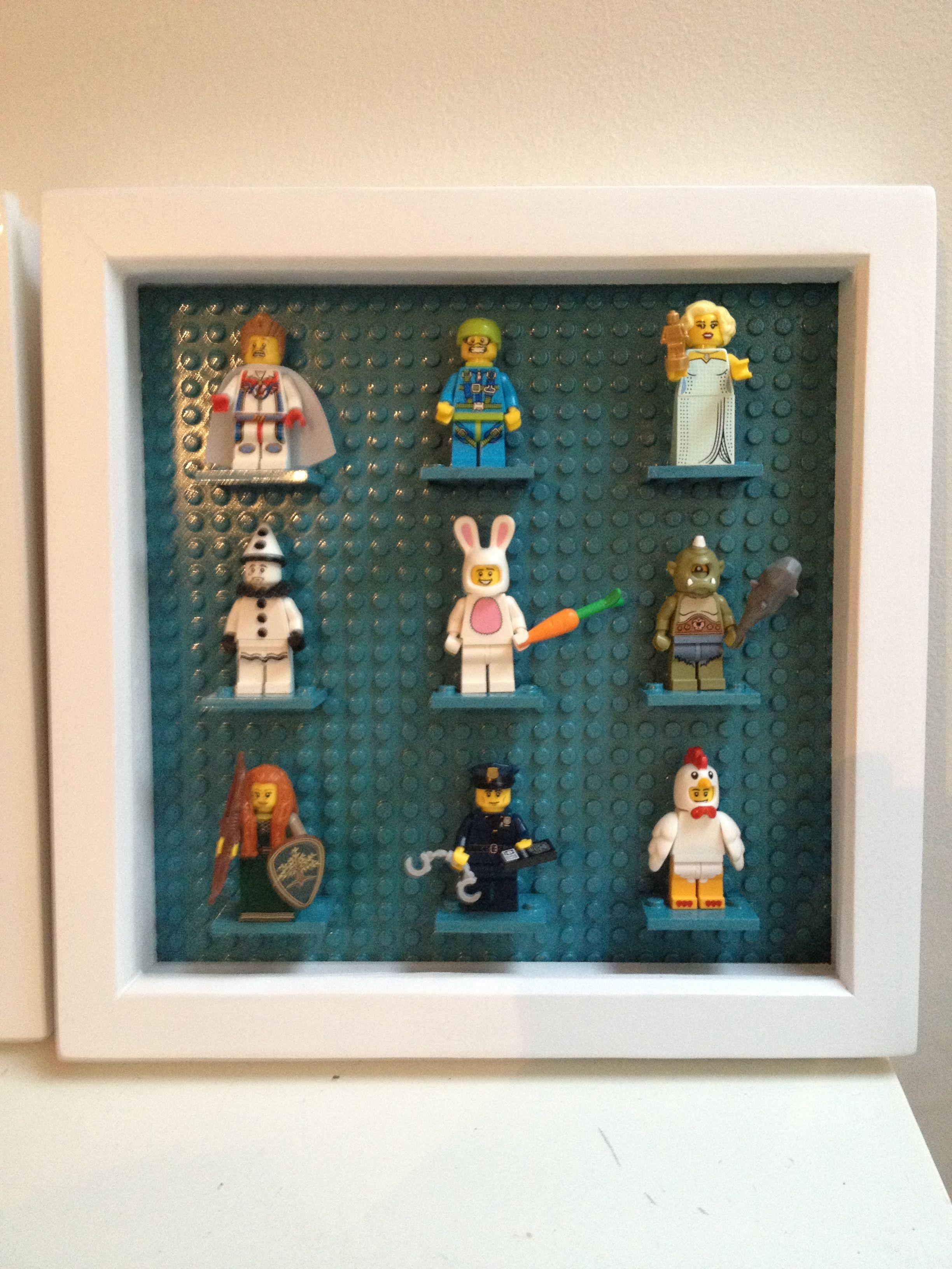 Lego mini figure display. Deep frame, lego building plate and figure ...