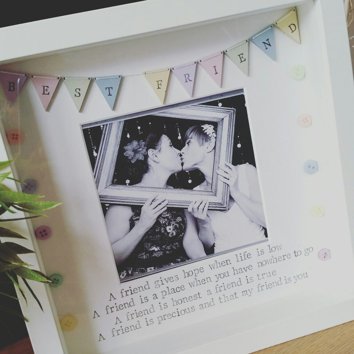 Best friend frames - what a lovely way to say thanks for being there ...
