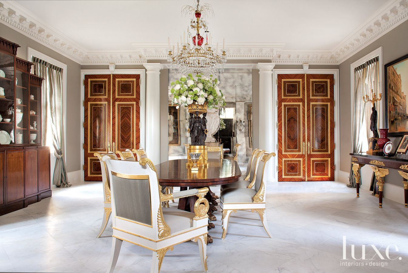 an ornate federal style houston home luxeworthy design insight from the editors of luxe
