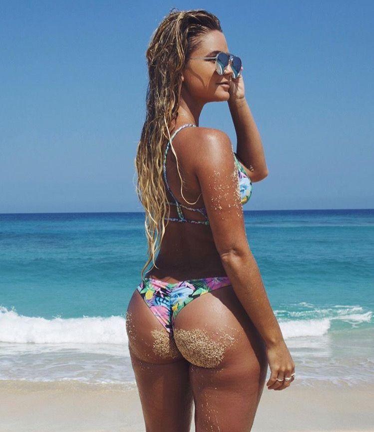Beach Bubble Butts Palmtube 1