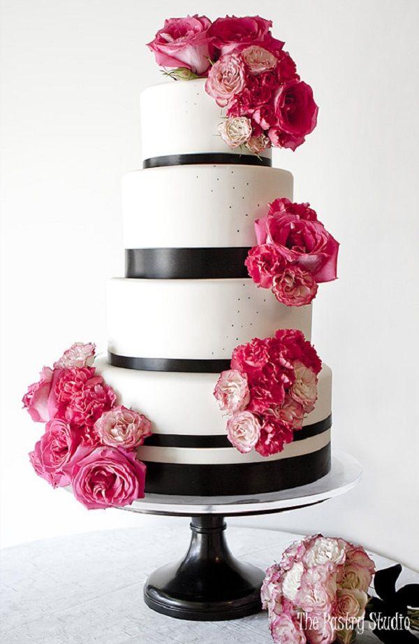 Modern wedding cake ,white and black wedding cake adorned with pink flowers #weddingcake