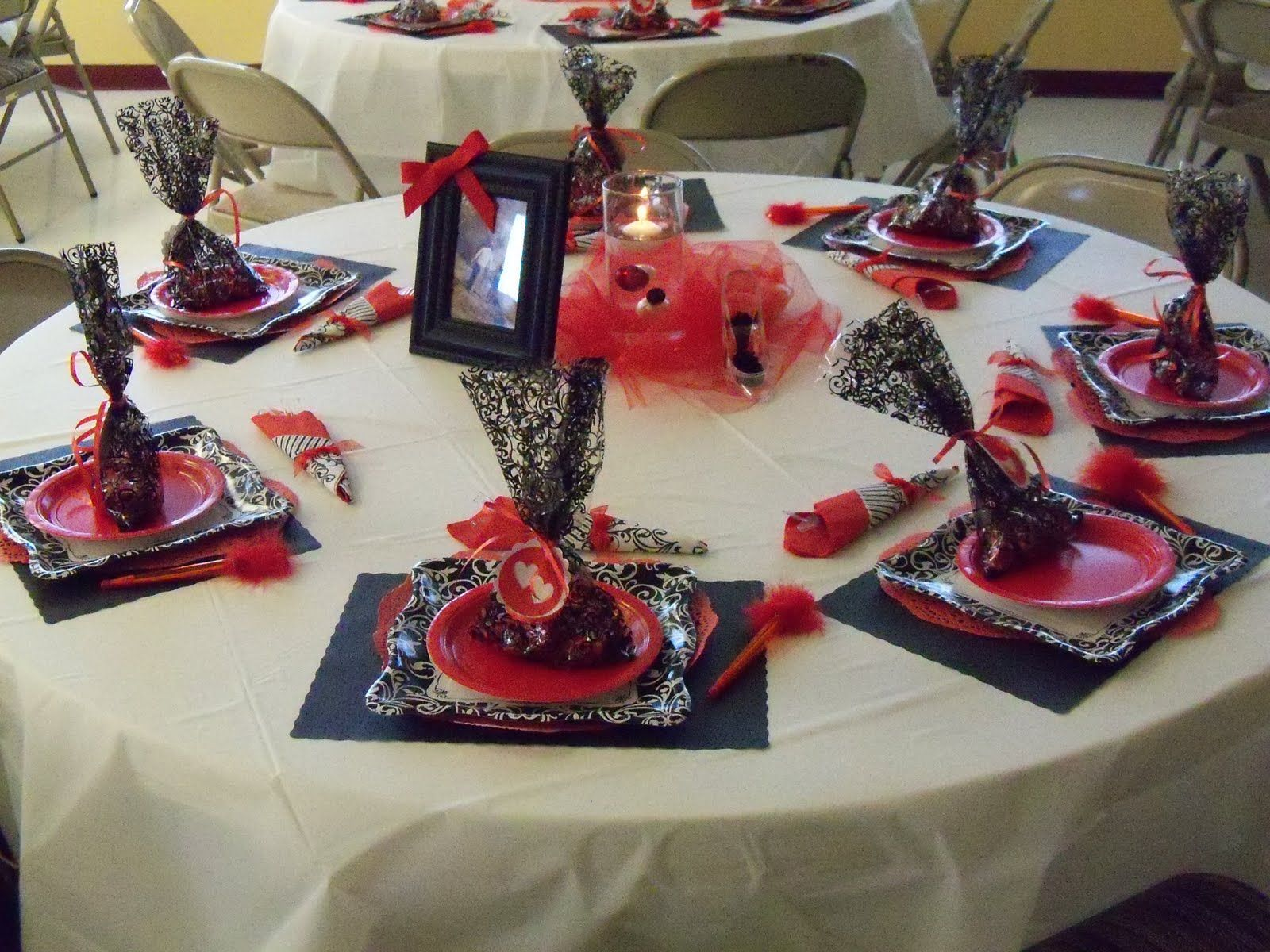 Decorations red black and white - Beth S Belles And Whistles A Black White Red Bridal Shower