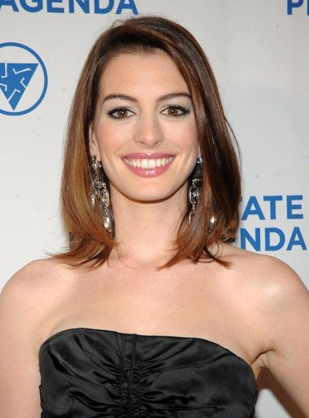 Anne Hathaway Photos Photos Anne Hathaway At The 18th Annual - annual agenda