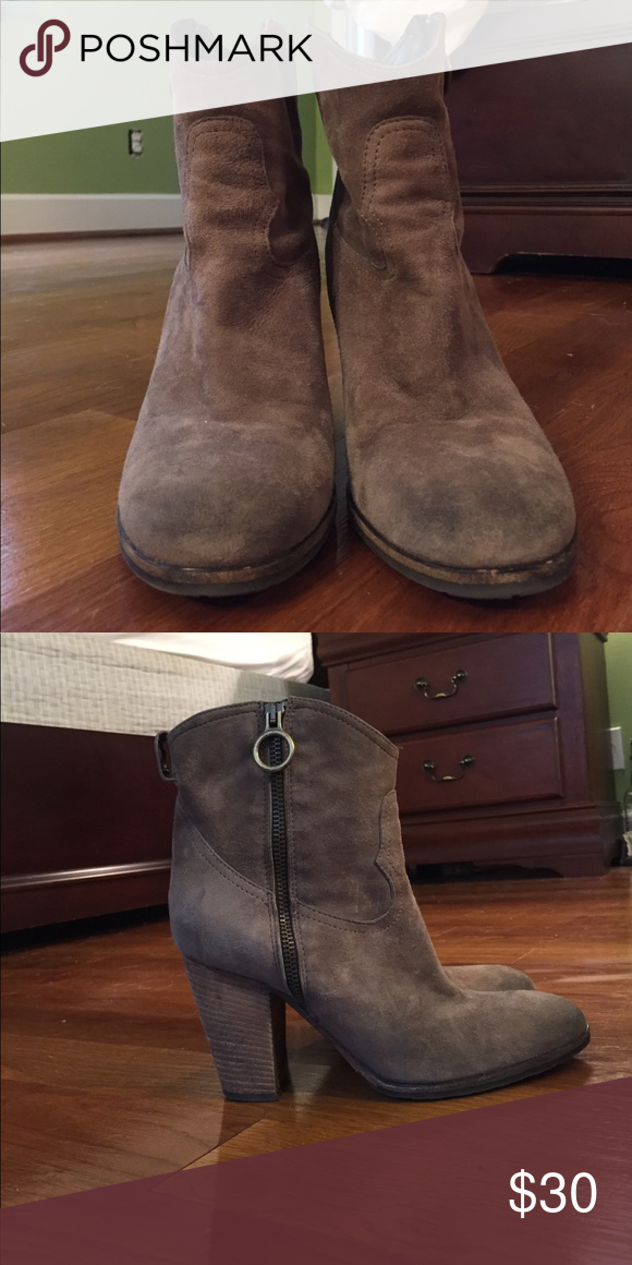 ee5e323d82380 Preowned Vero Cuoio booties Hand made in Italy. Heeled booties. Vero Cuoio  Shoes Ankle Boots   Booties