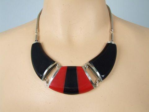 Necklace by Jakob Bengel