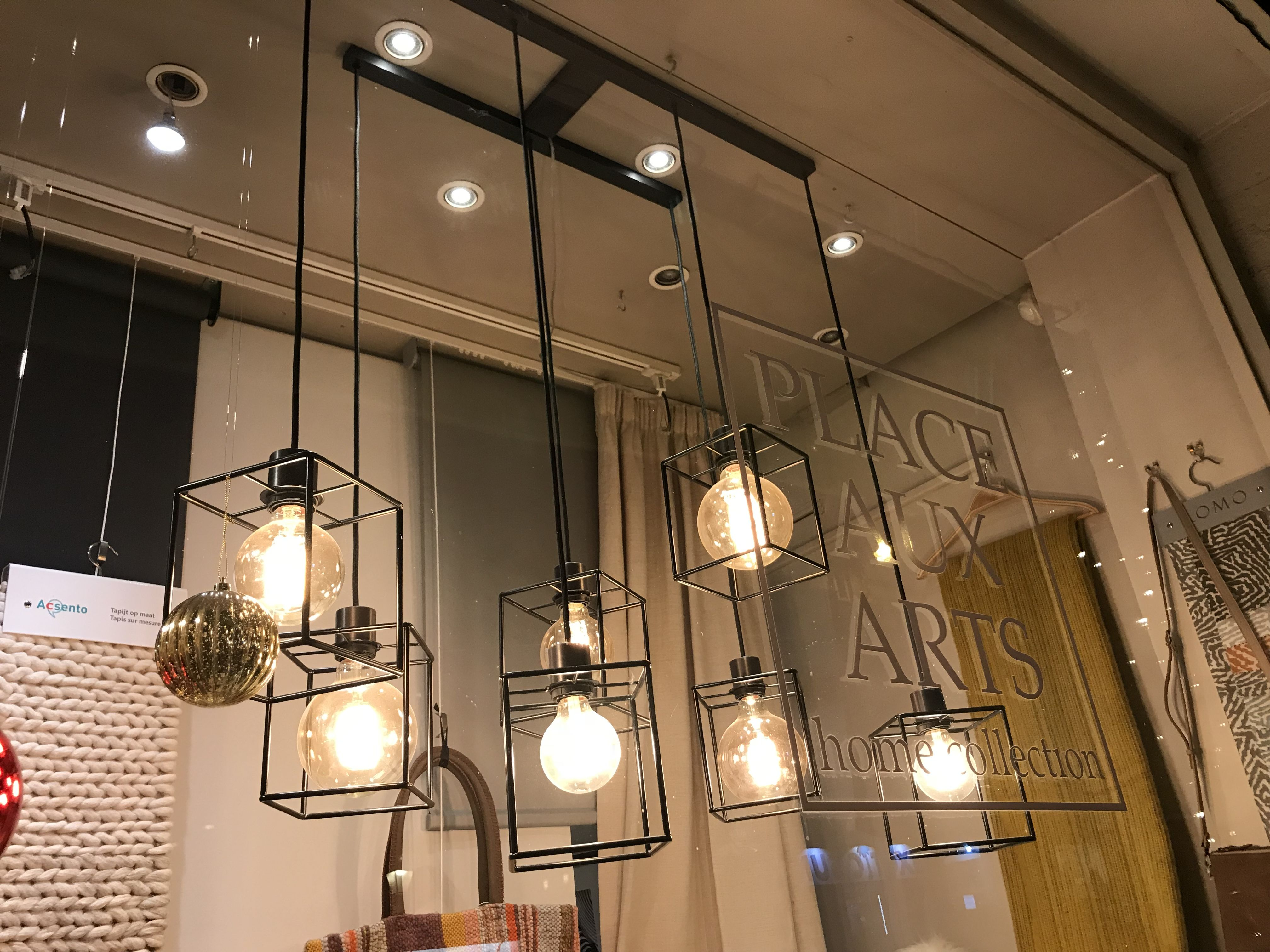 Pin by Tara Yamry on Idées déco Ceiling lights, Track