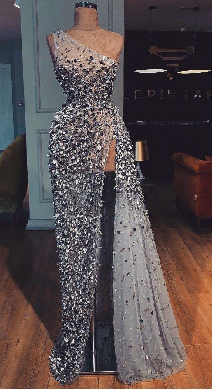 Abendkleider Extravagant #abendkleider #extravagant:separator