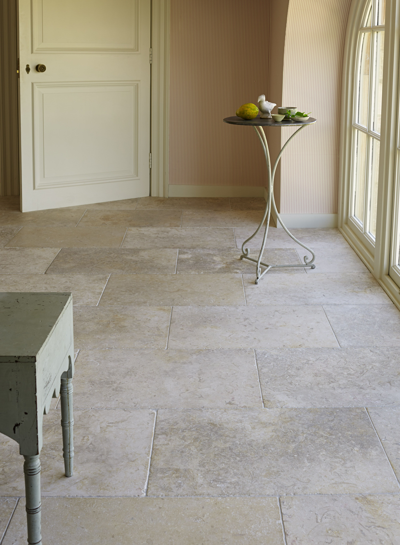 jerusalem white gold tumbled limestone. the curvaceous tumbled