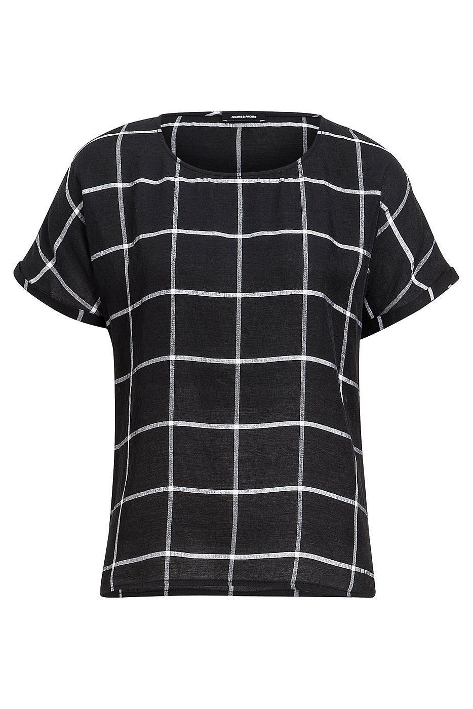 Super-stylishe Bluse von MORE & MORE mit XL-Gitterkaro in weiß auf schwarzem Fond. Material: 71% Viskose, 29% Polyester...