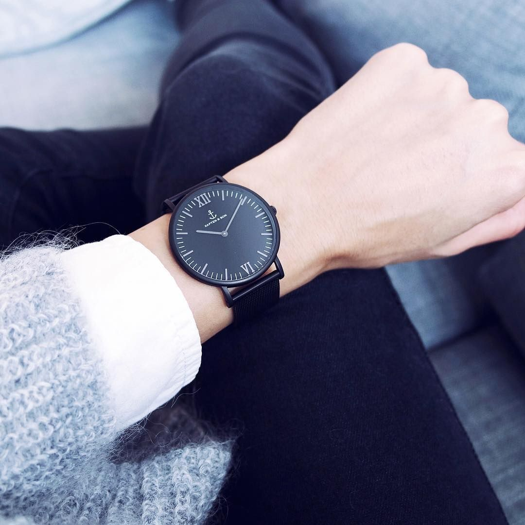 It S Time For Our New Midnight Mesh Wear Your New Kapten Watch With Dark Shades Like M Ar I A Kapten Son Com Trendy Watches Sleek Watch Black Mesh