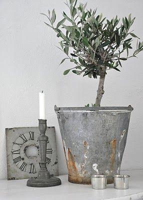 ♥ Clock,candle stick, Urn