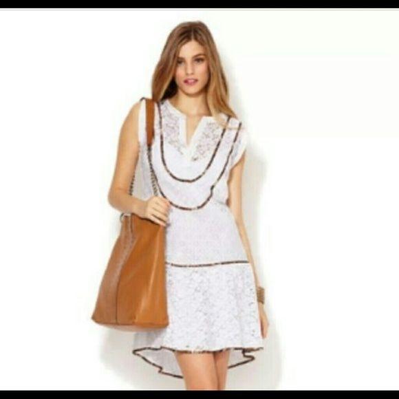 BCBG MAXAZRIA Harlow Dress Gorgeous white lace cocktail dress! Sleeveless and perfect to dress up or down. Sized xxs fits sizes 2-4 BCBGMaxAzria Dresses