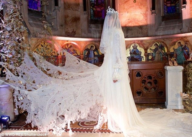 A CORPSE BRIDE greets guests at Sophia Webster\'s LFW presentation ...