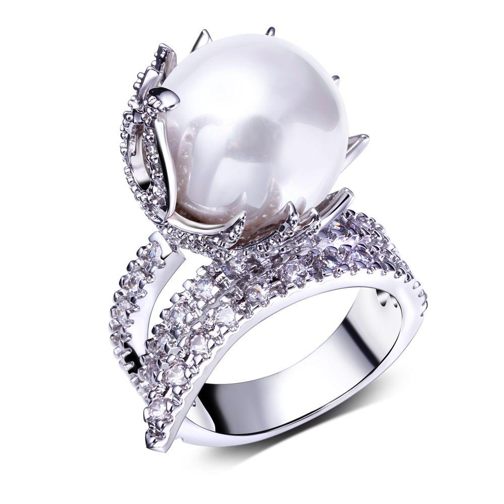 Fine fashion jewelry top costume jewelry designers