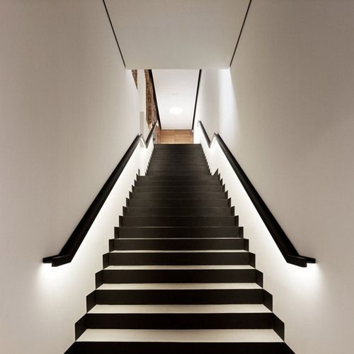 Best Consider Led Lighting Routed Into Square Wood Handrail No 640 x 480