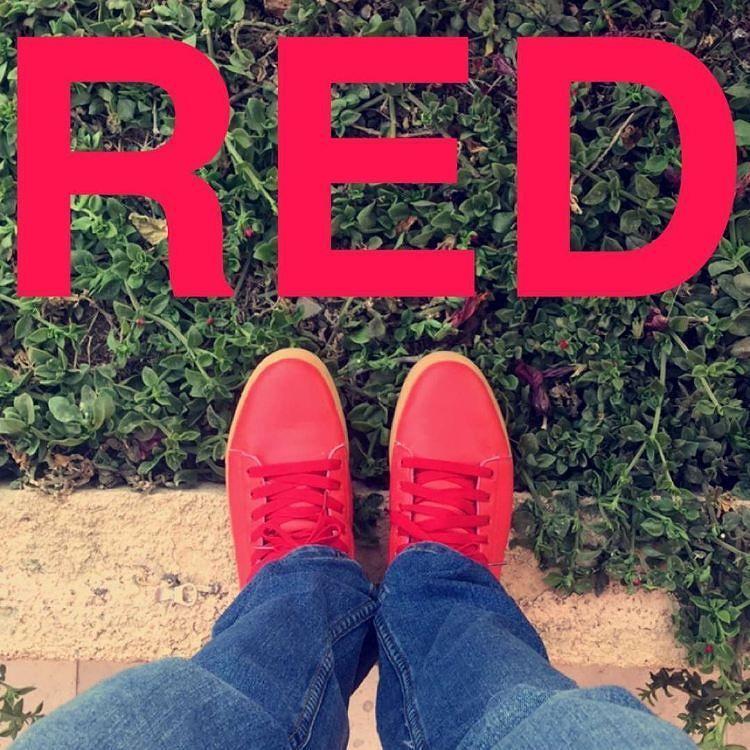 حذاء احمر من ماركة دجريز . المقاسات . آلسعر ريال