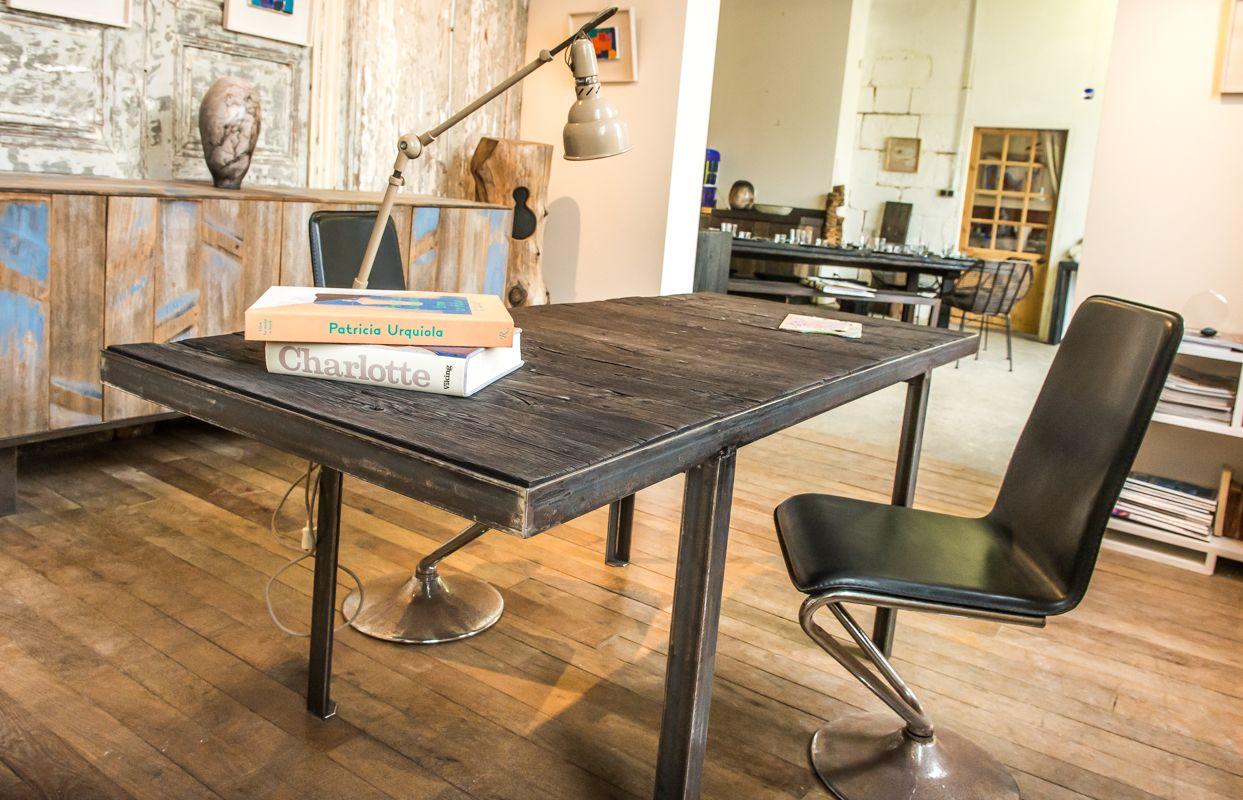 table laurent passe showroom pinterest. Black Bedroom Furniture Sets. Home Design Ideas