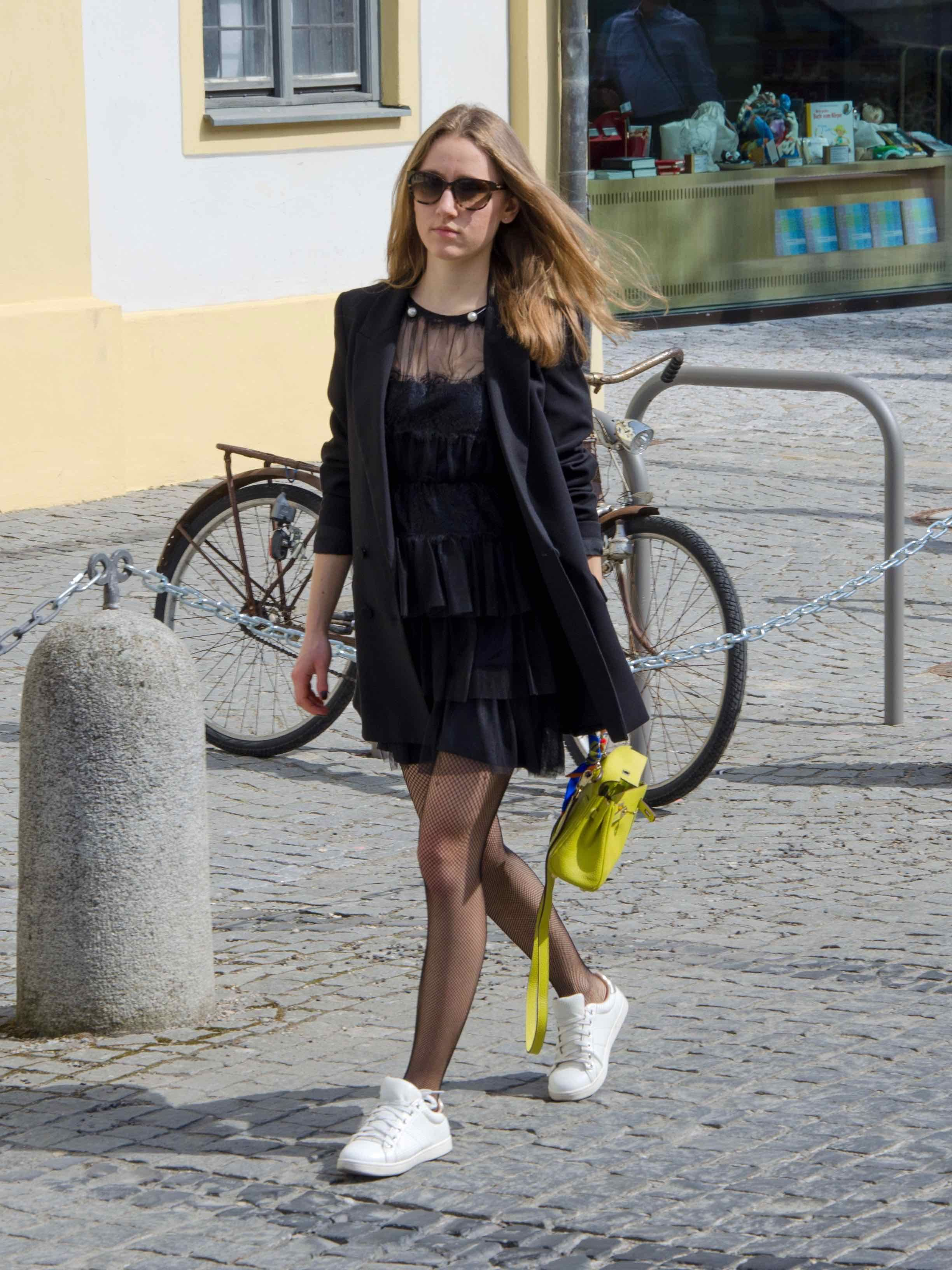 Black layered tull dress, fishnet stockings and white sneakers - Petiite  Noir