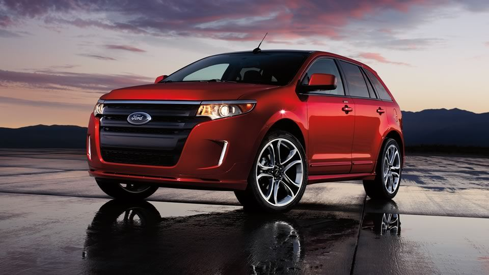 A mommobile shouldn't look so badass. ford Ford edge