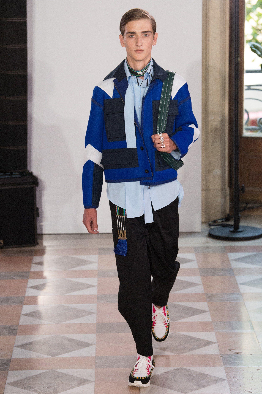 Valentino Spring 2018 Menswear Fashion Show