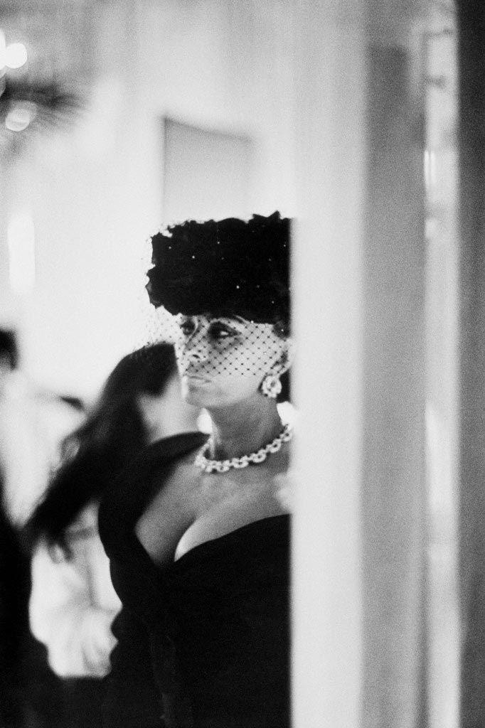 1994, Paris, France --- Sophia Loren on the set of Prêt-à-Porter, written and directed by American Robert Altman.