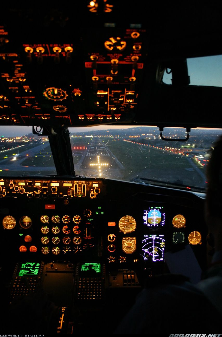 Naples Capodichino RWY 24 Aviation, Pilot career