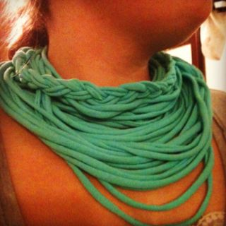 DIY infinity scarf! I feel so crafty!