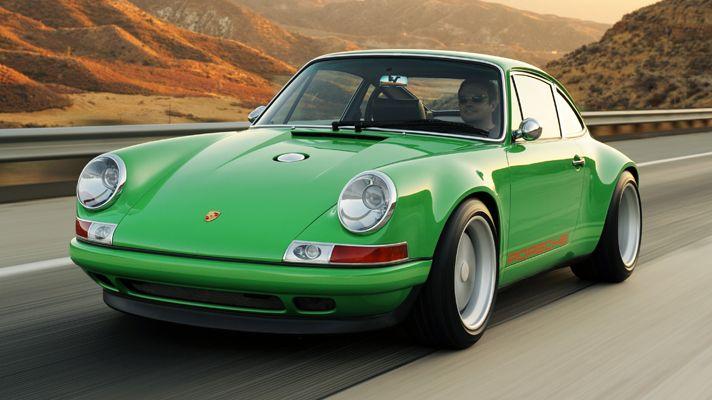 Green Singer 911.