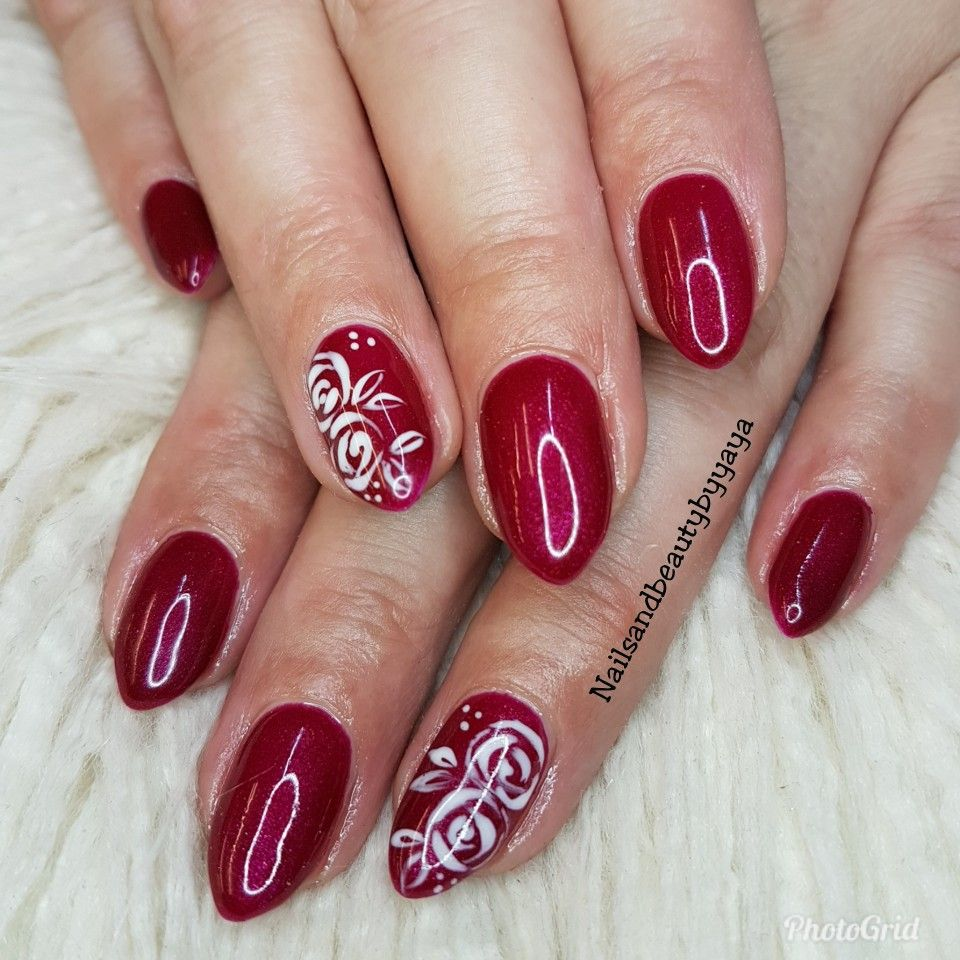 Red Gel nails with design. |  | Pinterest | Diseos ...