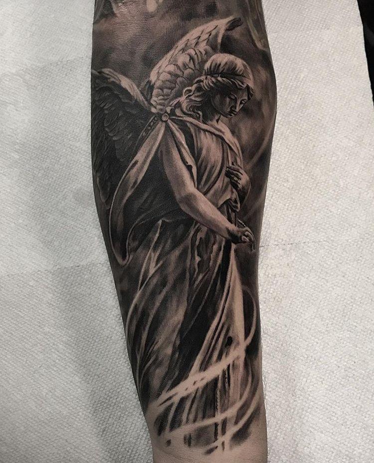Black Tattoo Artist In Dallas