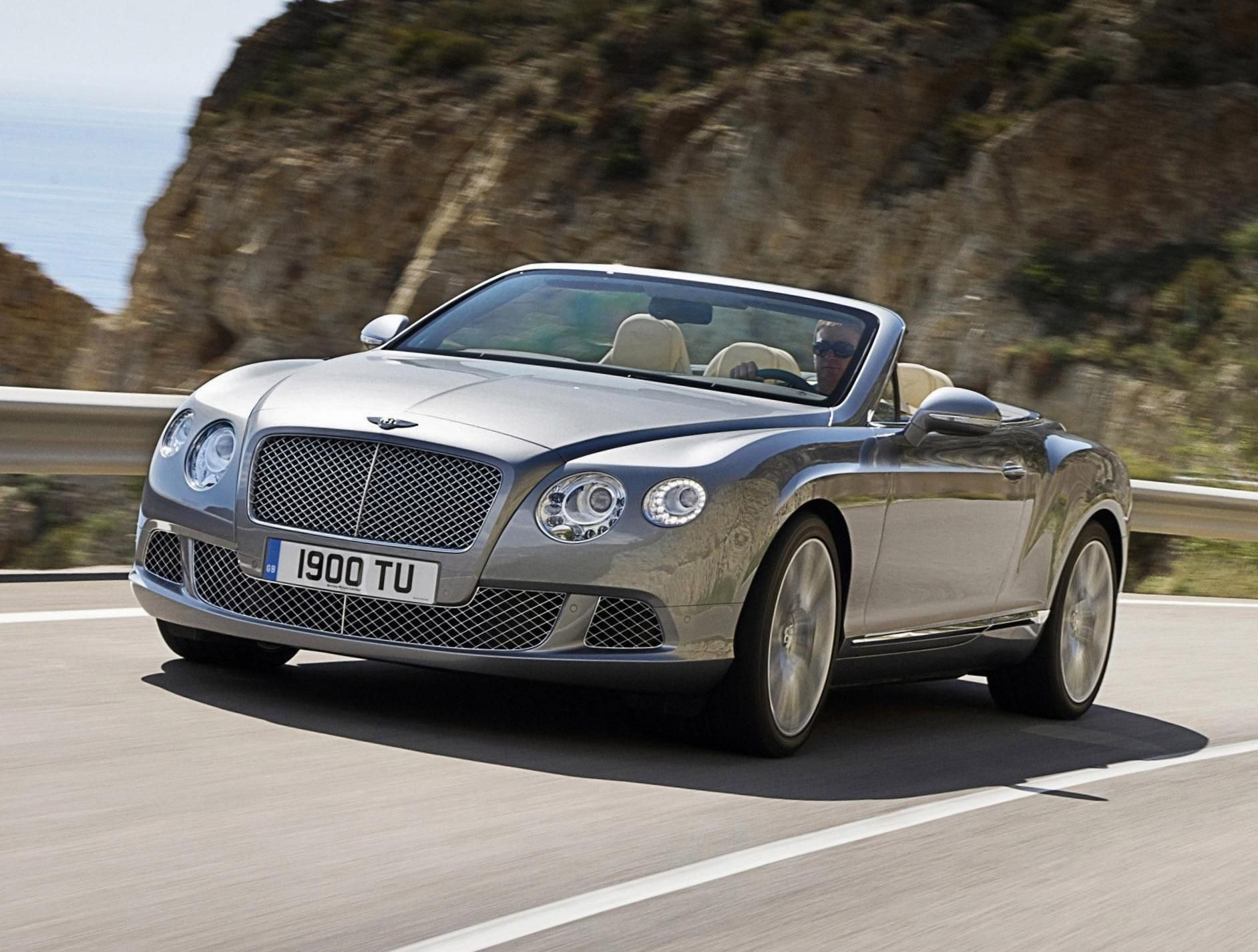 Bentley Continental GTC Photos and Specs. Photo Bentley