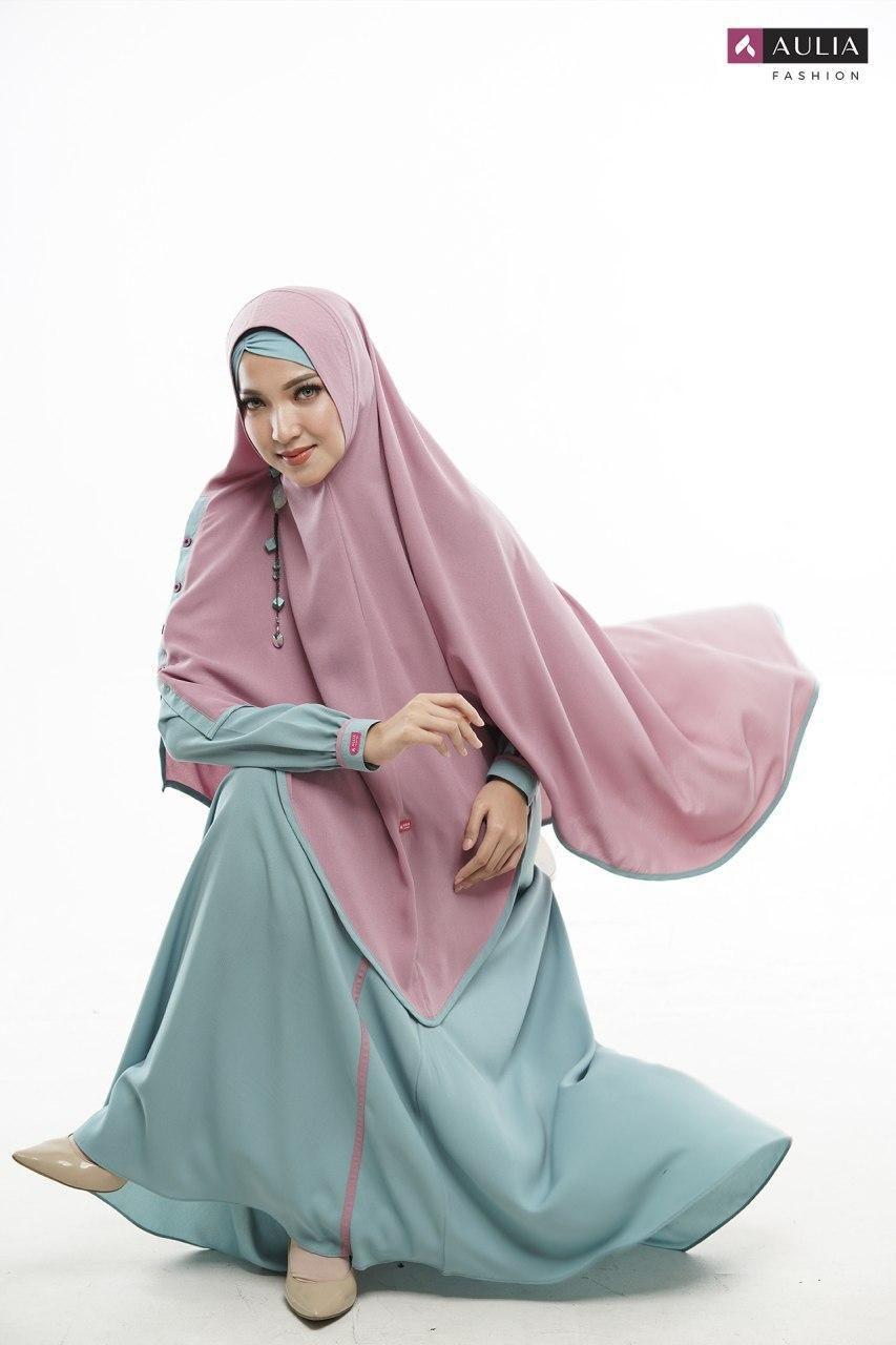 Model Baju Gamis Terbaru 2020 Wanita Berhijab