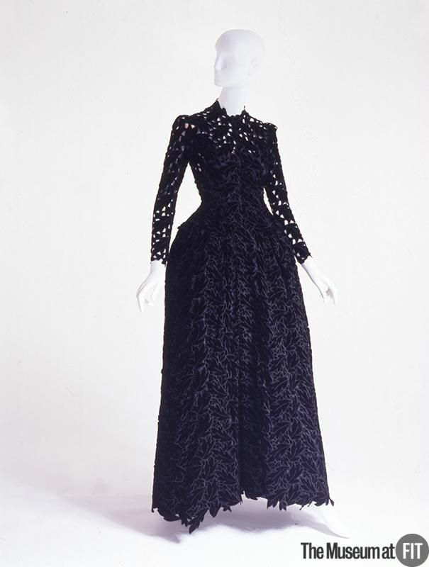 Cristobal Balenciaga (French, founded 1949), Evening dress, 1938. Black silk velvet. Gift from The Estate of Tina Chow. 91.255.2. The Museum at FIT 2012 © The Museum at FIT.