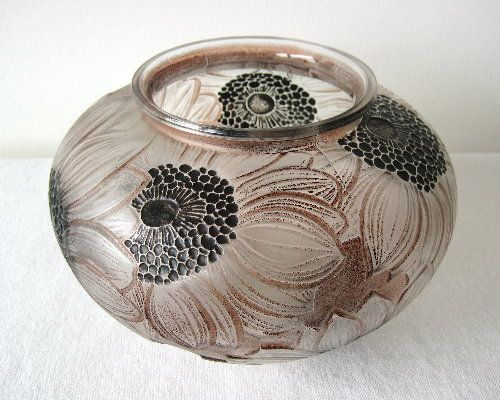 Dahlias vase c.1923 ........... Moulded R Lalique France