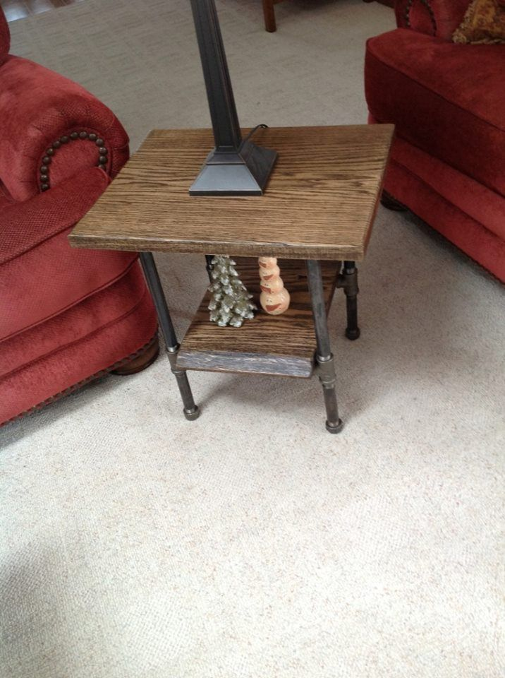 Oak Slab End Table With Black Iron Pipe Legs