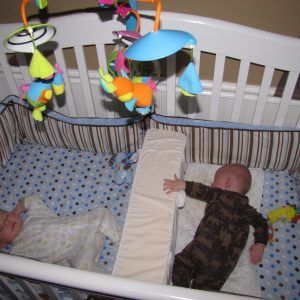 Baby Bed Divider For Twins   Best baby cribs, Twin cribs ...