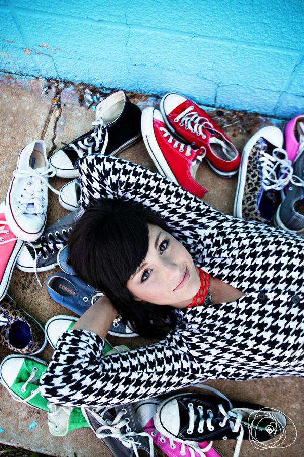 Senior pictures ideas for girls with converse or any shoes