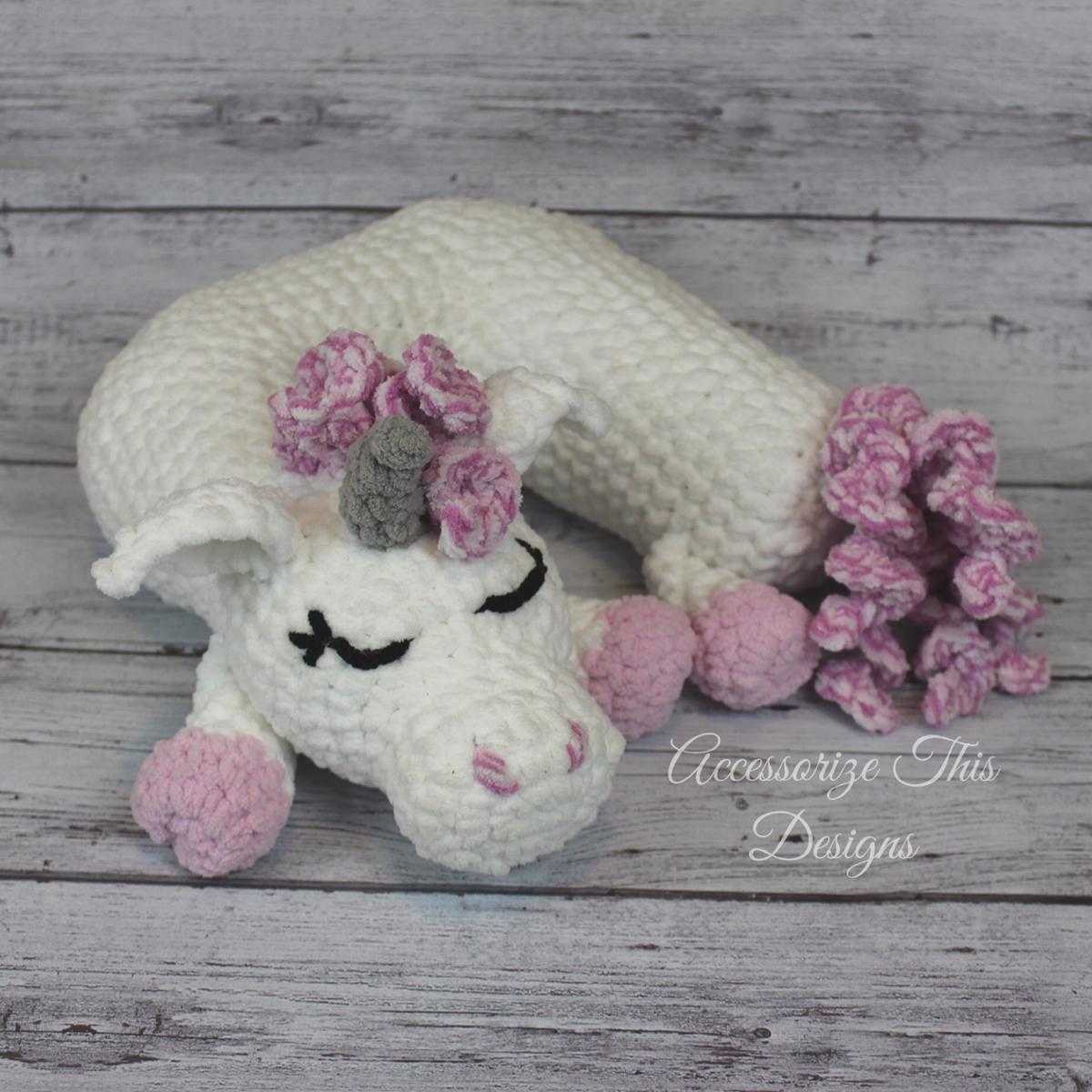 Travel Pillow: Unicorn Add-on | Unicorns, Pillows and Crochet