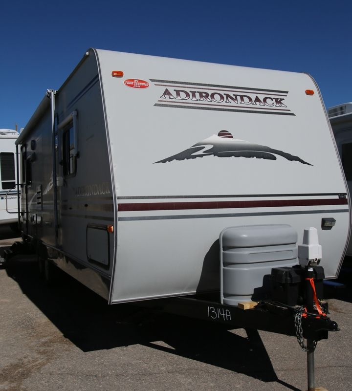 RVing Used 2005 Dutchmen Adirondack 27RL Travel Trailer For Sale Rvfourseasons