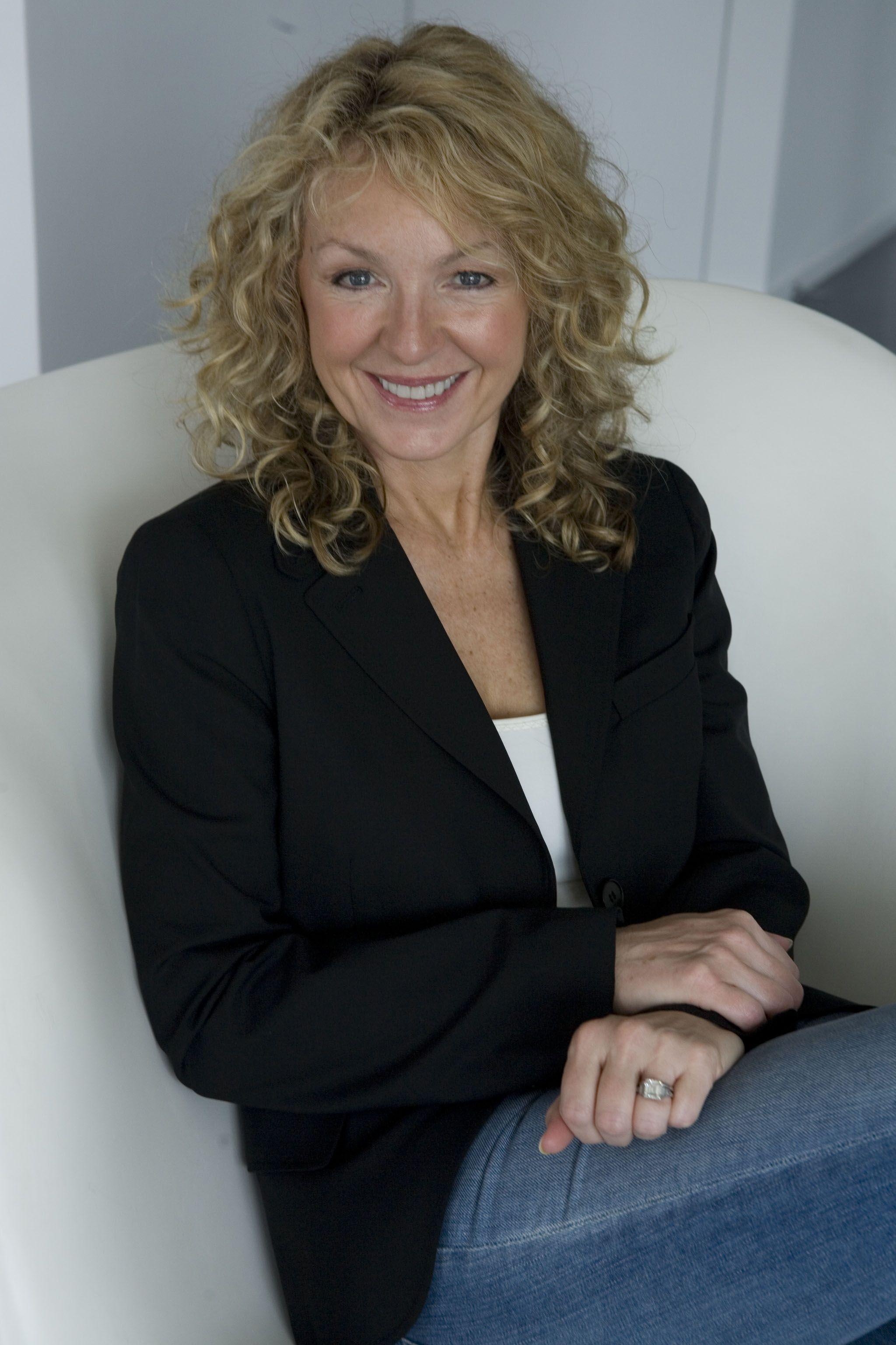 Medium Curly hair Styles For Women Over 40 | Hair Styles For Women Over 50 | The Best of Everything After 50