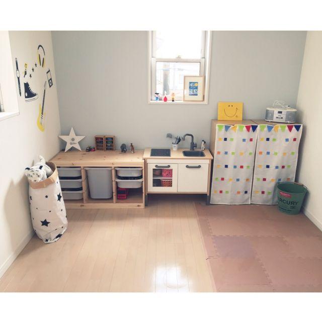 部屋全体 星型ライト 男の子 3歳 子どもと暮らす などのインテリア