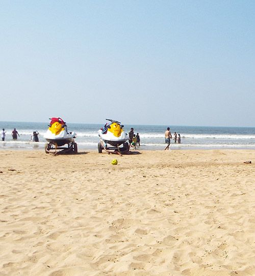 Alibaug Beach is clean beach and fun place to enjoy with the family