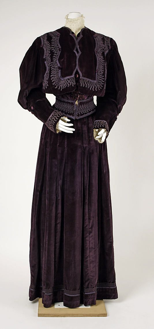 House of Worth, Afternoon Suit, French, c. 1905 (View 1)