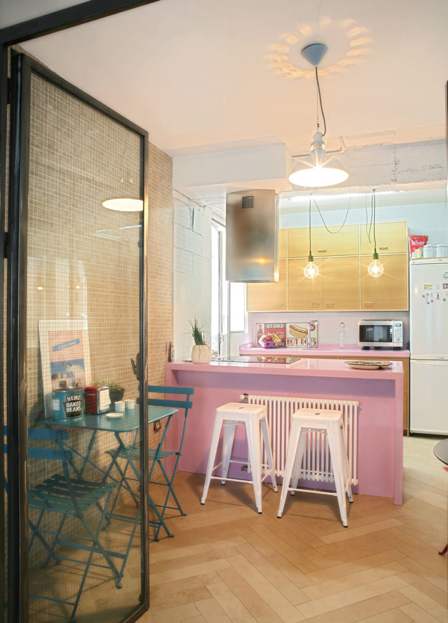 Pink and natural colors, oak, etc...This is Anita´s Kitchen, would you like some home made food?