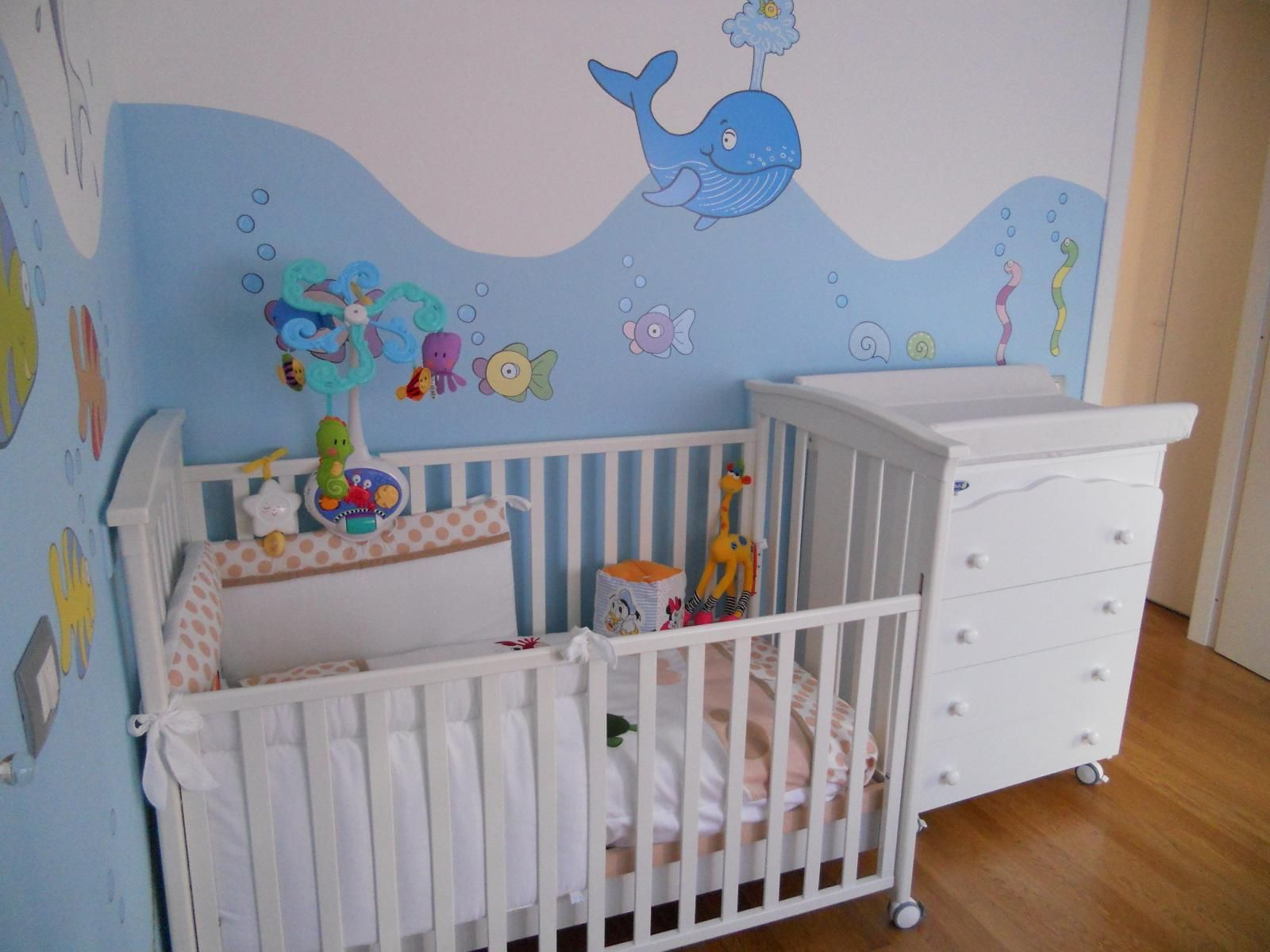 Superior Stunning Baby Nursery Room Design With Awesome Aquarium Wall Decal Idea As  Well White Wooden Crib Baby Corner Beside White Drawer Vanity Also Wooden  Floor ...