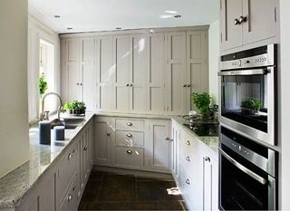 Best Townhouse Kitchen Hill Farm Shaker Style Kitchen Painted 400 x 300