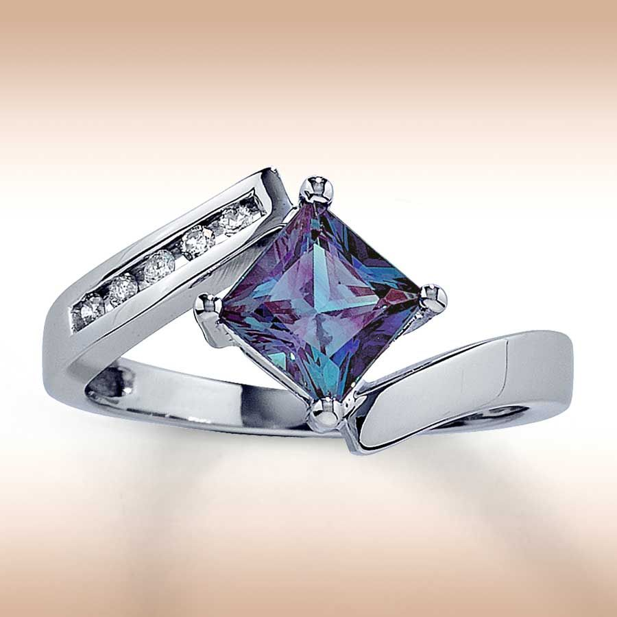 alexandrite forget diamonds princess cut kite set alexandrite with channel set diamonds - Alexandrite Wedding Ring